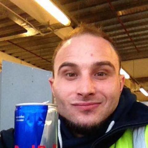 Tamás, 30 éves társkereső férfi - Berkenye