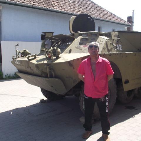 Gábor, 67 éves társkereső férfi - Miskolc