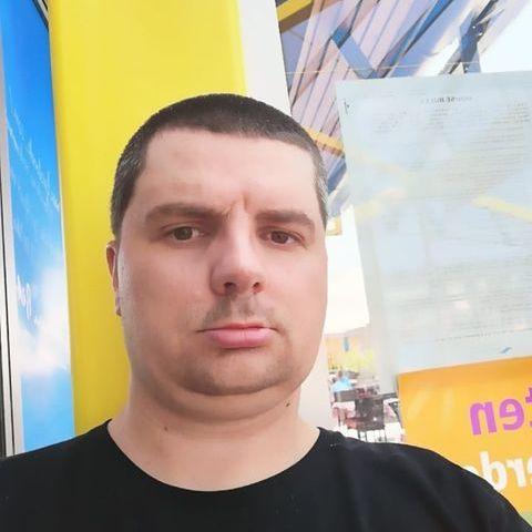 Sándor , 39 éves társkereső férfi -
