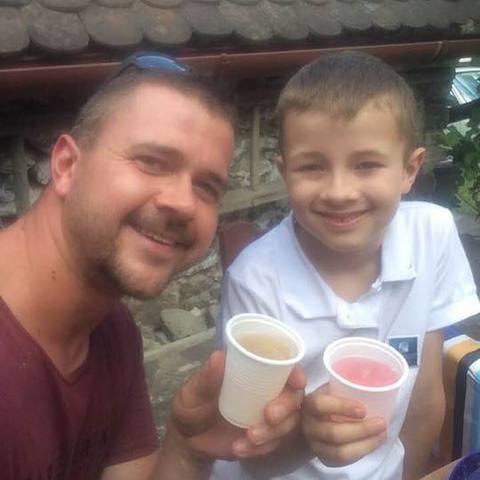 Robert, 37 éves társkereső férfi - Debrecen