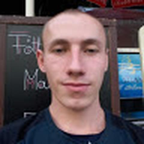 István, 25 éves társkereső férfi - Békés