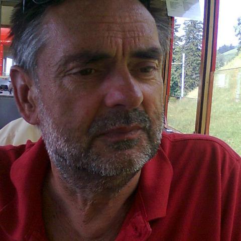 Bendegúz, 62 éves társkereső férfi - Siófok