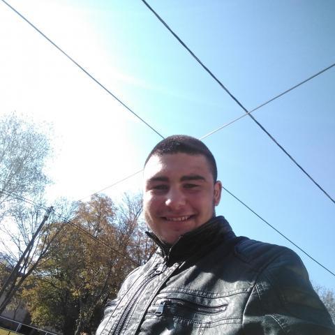 Norbert, 19 éves társkereső férfi - Csernely