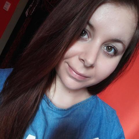 Alexa, 27 éves társkereső nő - Paks