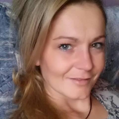 Henriett, 46 éves társkereső nő - Budapest