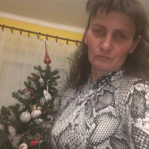 Zsuzsa, 52 éves társkereső nő - Mezőkövesd