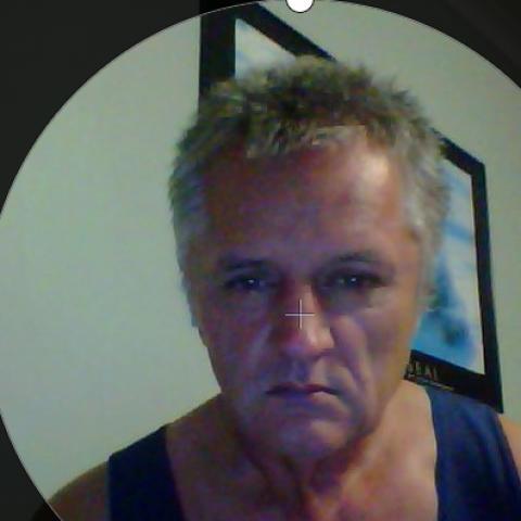 Tomi, 56 éves társkereső férfi -