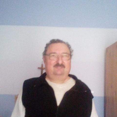 63 éves férfi keres nőt