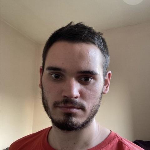 István, 22 éves társkereső férfi - Szigethalom