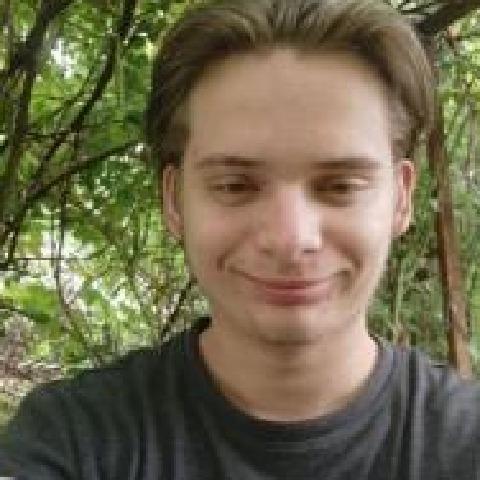Péter, 22 éves társkereső férfi - Szeged