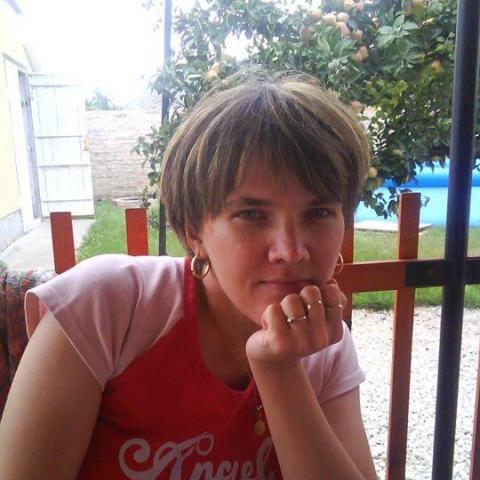 Ancsa, 41 éves társkereső nő - Paks