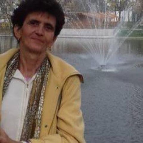 Éva, 72 éves társkereső nő - Szekszárd