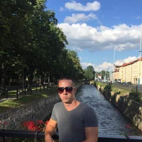 János, 27 éves társkereső férfi - Vésztő
