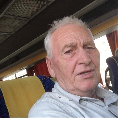 Jozsef, 67 éves társkereső férfi - Pécel