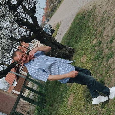 a társkereső walking)