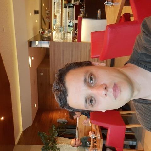 Roland, 35 éves társkereső férfi -