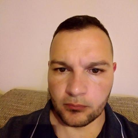 Guszti, 37 éves társkereső férfi - Miskolc