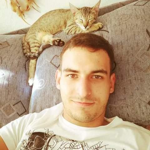 Laci, 23 éves társkereső férfi - Orosháza