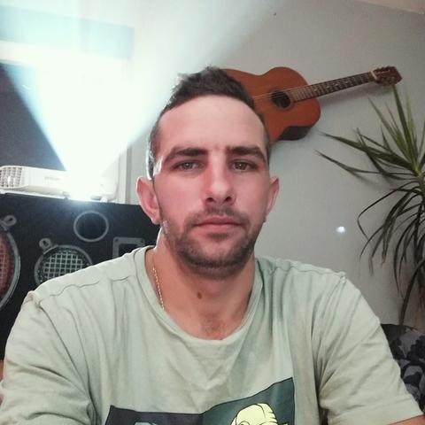 Jozsi, 27 éves társkereső férfi - Kolozsvár