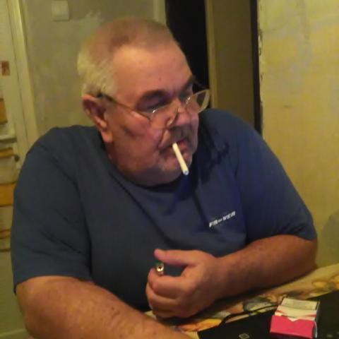 Farkas, 65 éves társkereső férfi - Dióskál
