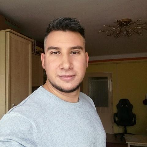 Balázs, 32 éves társkereső férfi - Békéscsaba