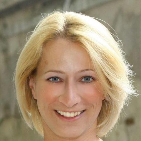 Viktória, 41 éves társkereső nő - Budapest