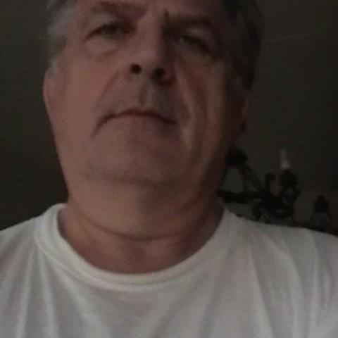Zoltán, 60 éves társkereső férfi - Budapest