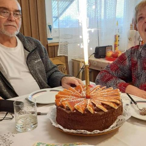 Gyöngyvér, 70 éves társkereső nő - Nagyréde