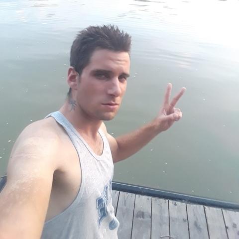 Tamás, 25 éves társkereső férfi - Dunabogdány