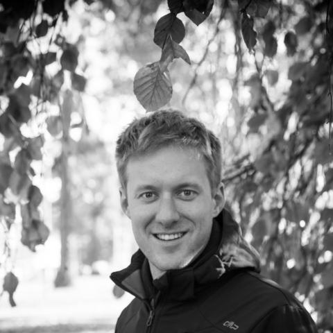 Randivonal ❤ Christian - társkereső Balatonrendes - 32 éves - férfi ()