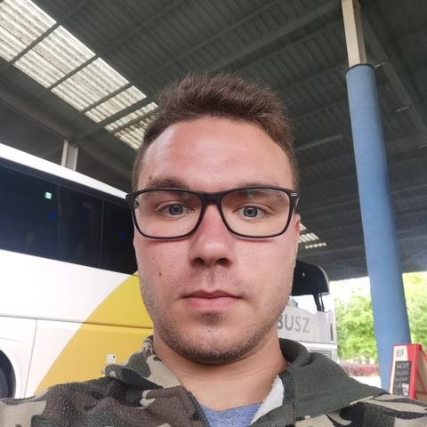 István, 24 éves társkereső férfi - Domaszék