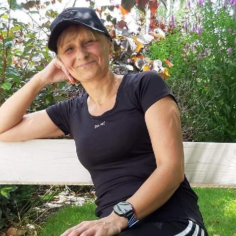 Erika, 54 éves társkereső nő - Miskolc