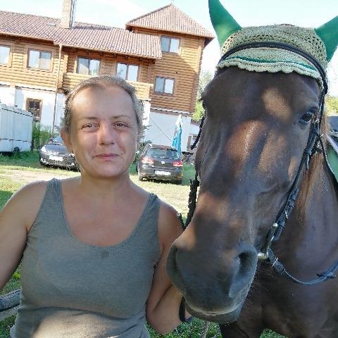 társkereső nő, aki szereti az állatokat