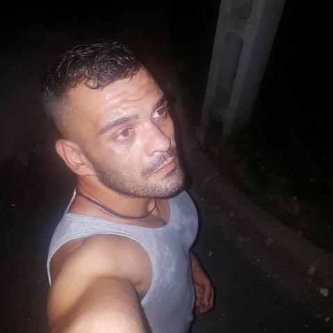 Alex, 30 éves társkereső férfi - Hangács