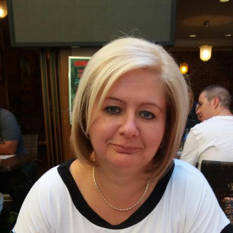 Tündi, 43 éves társkereső nő - Iregszemcse