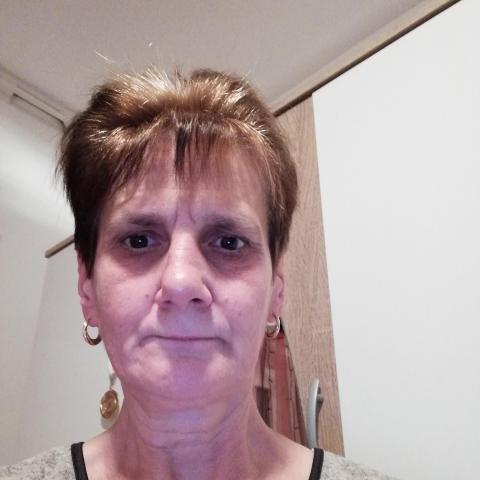 Ballai, 57 éves társkereső nő - Polgárdi
