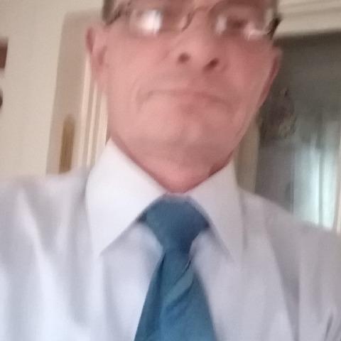 Sándor, 53 éves társkereső férfi - Miskolc