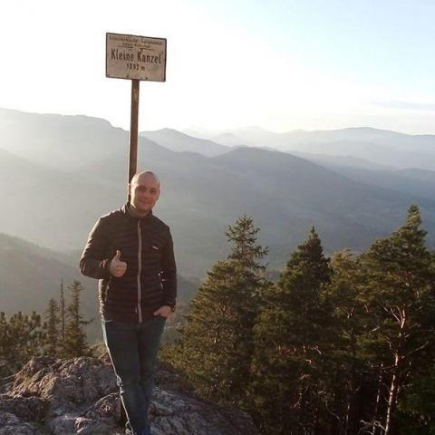 Mario, 37 éves társkereső férfi - Sirok