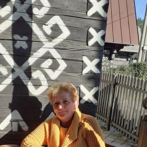 Judit, 61 éves társkereső nő - Miskolc