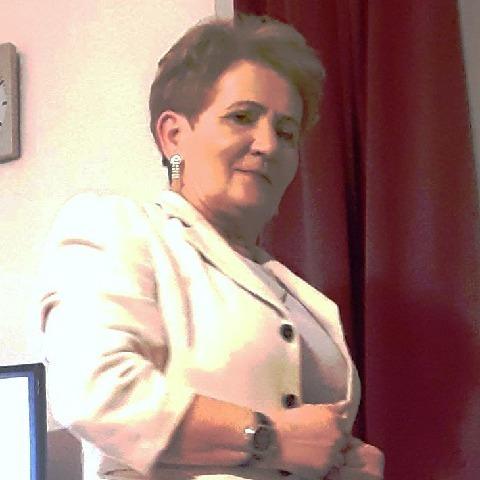 Judit, 62 éves társkereső nő - Miskolc