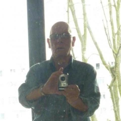 Lajos, 74 éves társkereső férfi -