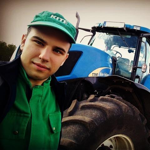Zsolt, 20 éves társkereső férfi - Szajol