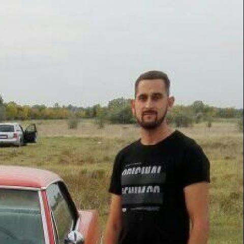 Gábor, 25 éves társkereső férfi - Hatvan