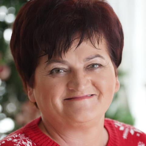 Éva, 60 éves társkereső nő - Szentes