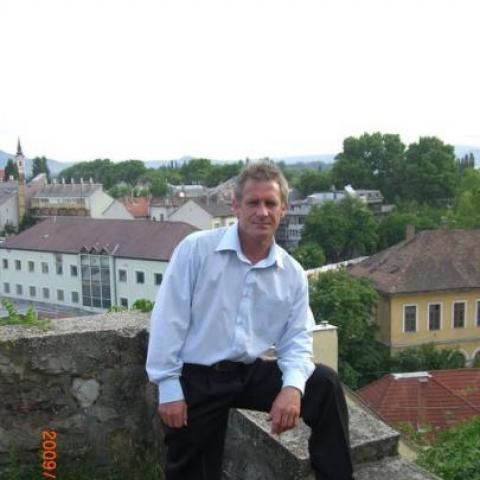 Pál, 52 éves társkereső férfi - Esztergom