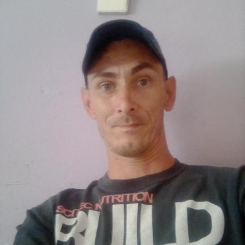 Tibor, 36 éves társkereső férfi - Újtikos