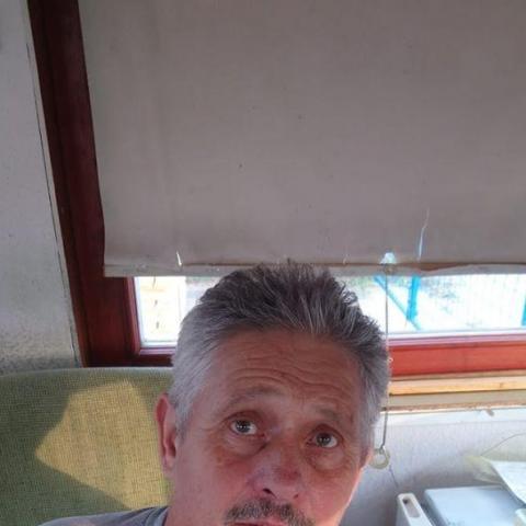 István, 62 éves társkereső férfi - Tura