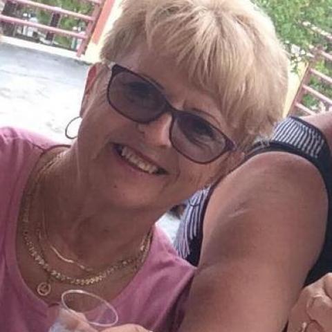 Hajni, 61 éves társkereső nő - Békéscsaba