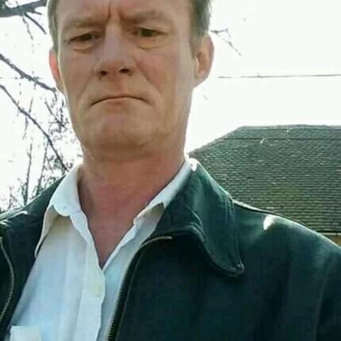 Feri, 45 éves társkereső férfi - Pécs