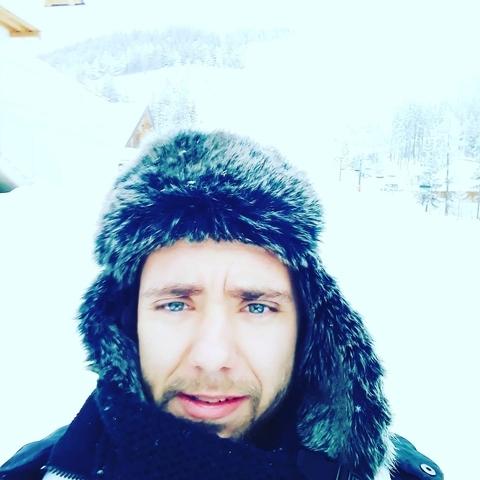 Róbert, 28 éves társkereső férfi - Szeged